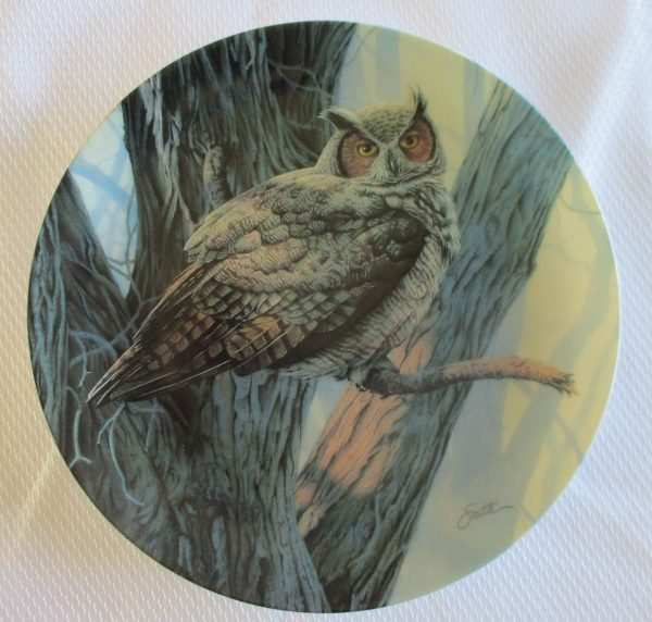 great horned owl collector plate